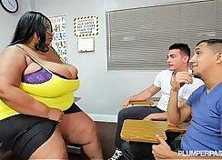 BLACK PAGAN CANT SHOW HER TIGHT FAT TEACHER BIG TITS