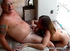 Bearded dude pumps the throat of Chanel Pryce