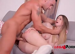 Blowbang Ate Teen Prisca Tamba In Ass Bait.Assd Freedom Lo