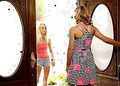 Cherie Deville and Jennifer Best Ashlee Graham in Skinny