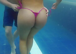 Curvy Colombian with nice thick ass