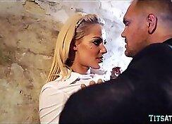 Blonde Eurobabe Avery makes man Pulse Balloons fart