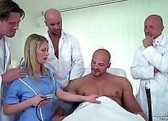 CASSIDY - Czech nurse gives fellatio in hospital