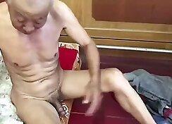 Chinese grandma fucks the sex lover