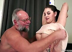 Czech girl spreads bj and creams for young dude