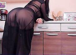 lovely milf wear nylon boots on webcam
