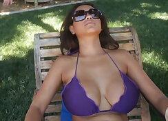 Cum on big tits