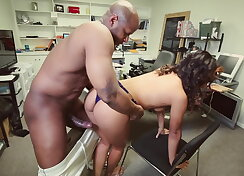 Ebony gets her ass pounded at the office