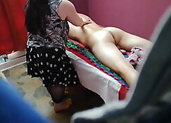 Assy Izzy gives wet massage for cumshot for the camera