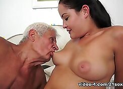 Amazing pornstar Jamie James in hot cunnilingus, facial first porn clip