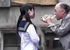 Video Japanese schoolgirl style exclusive blowjob in school bathroom